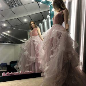 Воздушное зефирно-розовое платье.