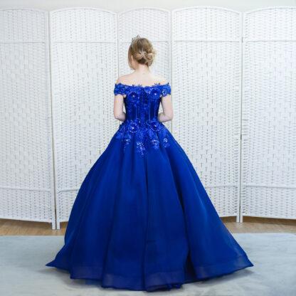 Пышное синее платье в пол