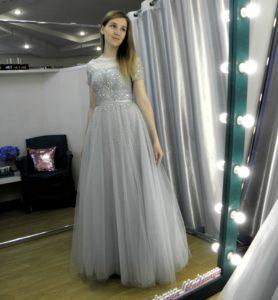 Выпускное сверкающие платья серого цвета