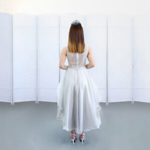 Выпускное платье с белой юбкой