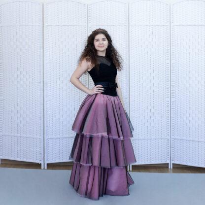 Черно-розовое вечернее платье