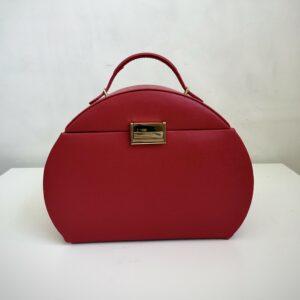 Красная шкатулка для украшений