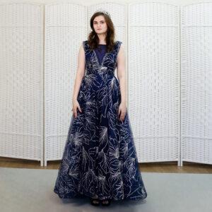 Синее сверкающее платье
