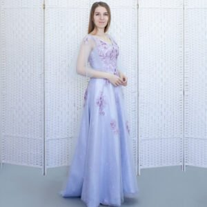 Лиловое платье в пол с крылышками