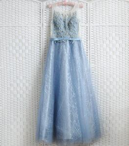 Голубое платье на выпускной вечер