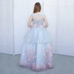 Пышное серое платье на выпускной вечер