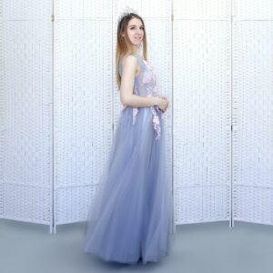 Серое пышное выпускное платье
