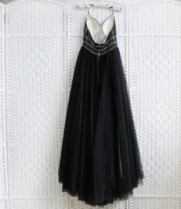 Черное платье на выпускной вечер