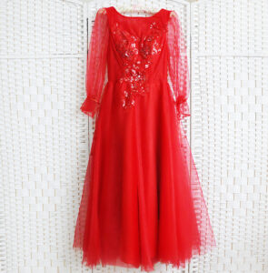 Красное платье миди