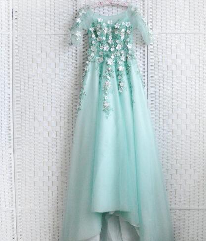 Мятное платье на выпускной вечер