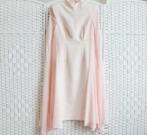 Нежное розовое платье