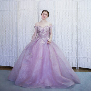 Пудрово-розовое платье на выпускной вечер