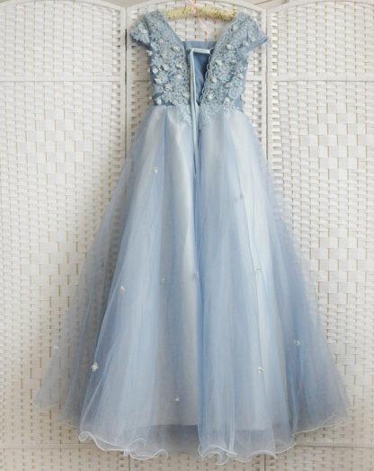 Пыльно голубое платье на выпускной вечер