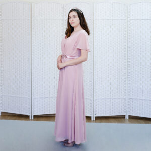 Нежно-розовое платье на выпускной вечер