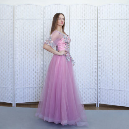 Розовое платье на выпускной вечер