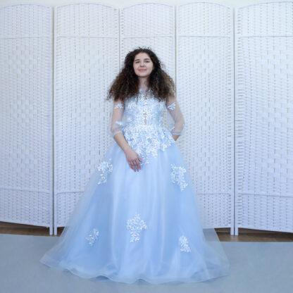 Шикарное голубое платье на выпускной вечер