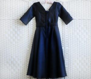 Синее платье миди на выпускной вечер