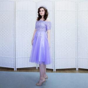 Сиреневое платье миди на выпускной вечер