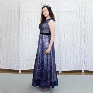 Сверкающее синее платье в пол