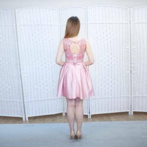 Розовое мини платье