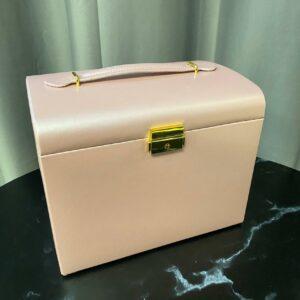 Розовая шкатулка для украшений